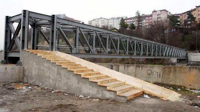 Kayabaşı ile Bağ-Essan Sitesi arasına köprü